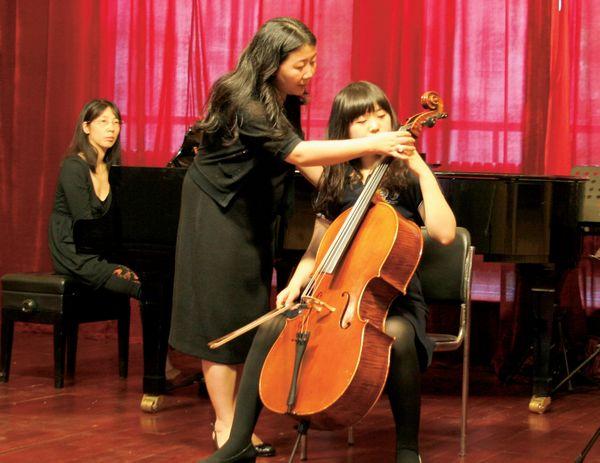 《渭水情》(孟书欣),小提琴,中提琴二重奏《帕萨卡里亚》(朱可,梅第扬